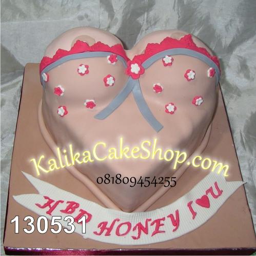 Kue Ulang Tahun Breast Cake