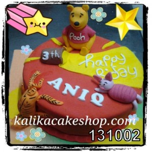 Kue Winnie The Pooh aniq