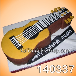 Guitar Cake Alvaro