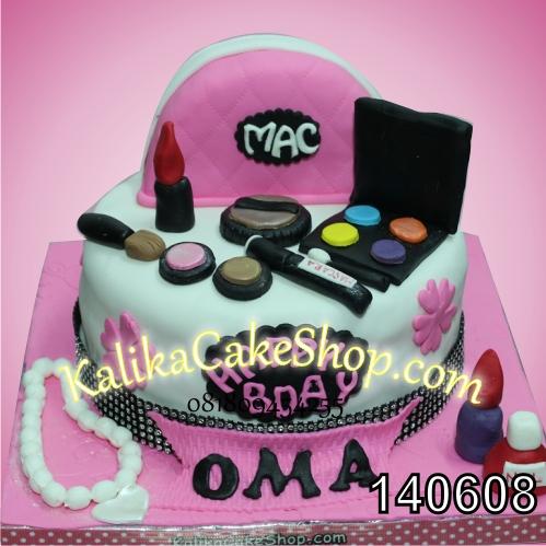 Kue Ulang Tahun Make Up