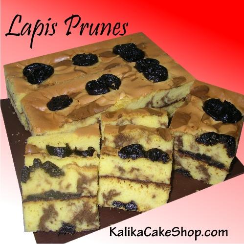 lapis Prunes cake