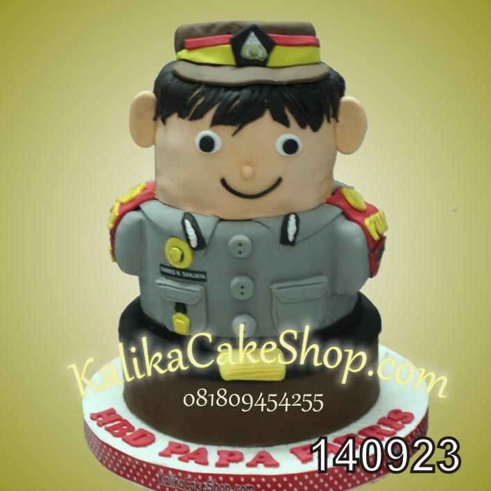 Kue Ulang tahun Boneka Polisi papa farris