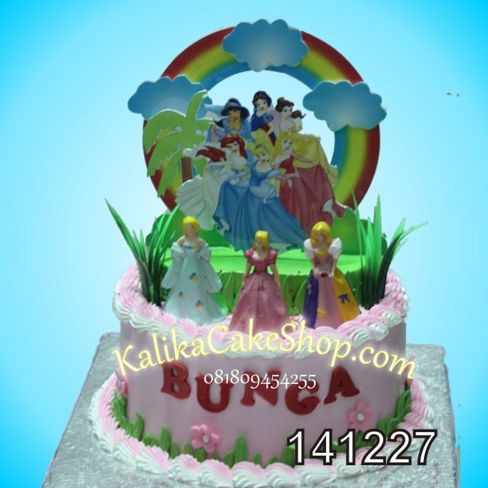 Kue Ulang Tahun Barbie Bunga