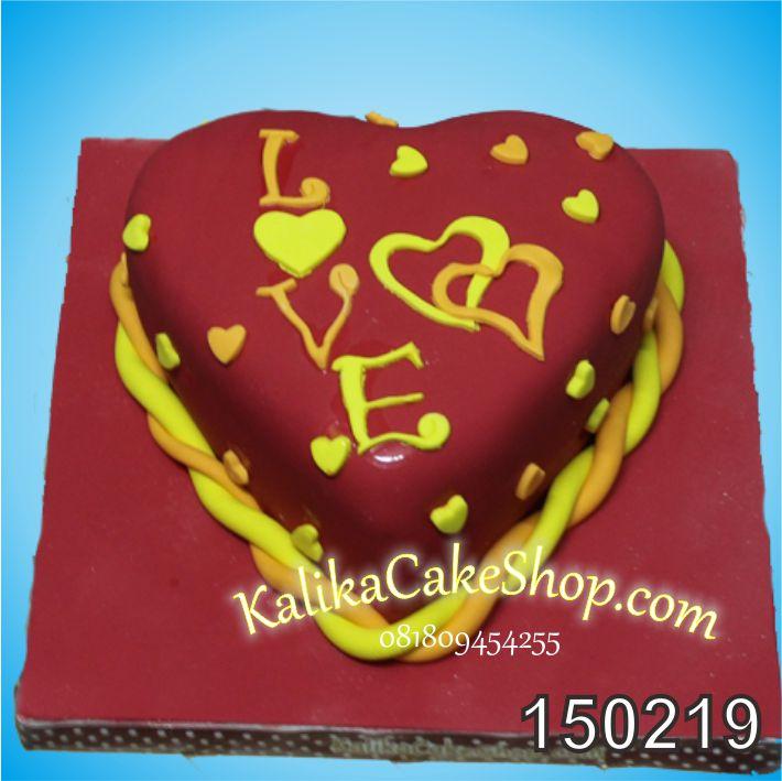 Kue Love Merah