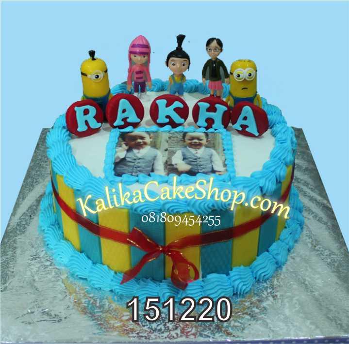 Minion CAke Rakha