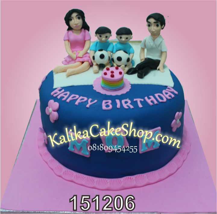 family cake mom