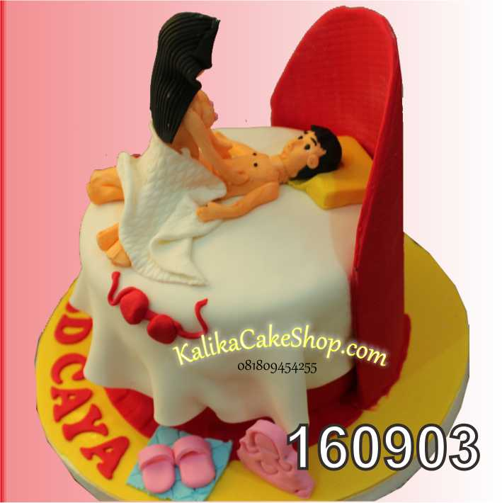 Cake Ulang Tahun Naughty Caya