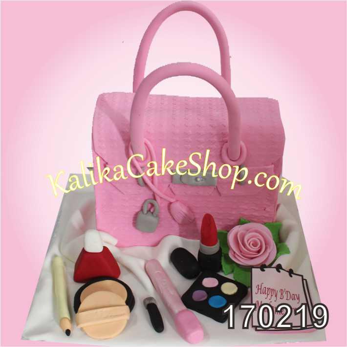Cake Ulang tahun Tas pink