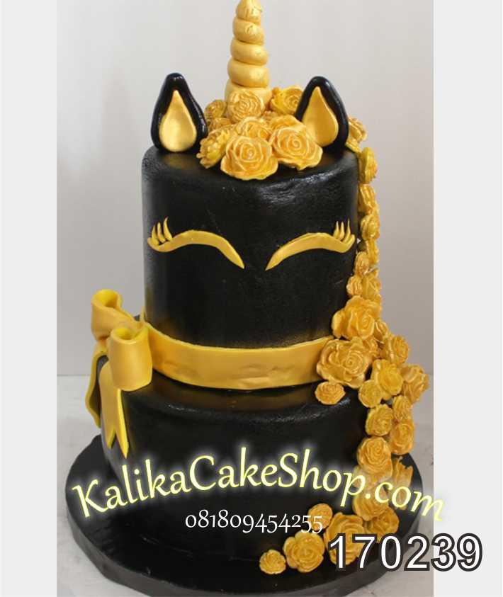 Cake ulang tahun Unicorn black Gold