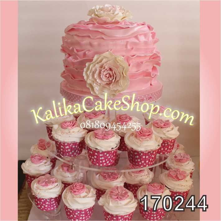 Cake ulang tahun bunga pink