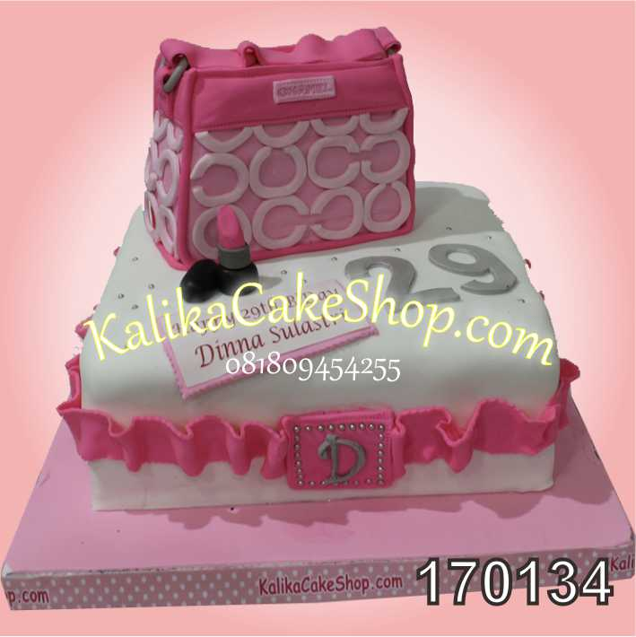 Kue Ulang Tahun Tas Dinna