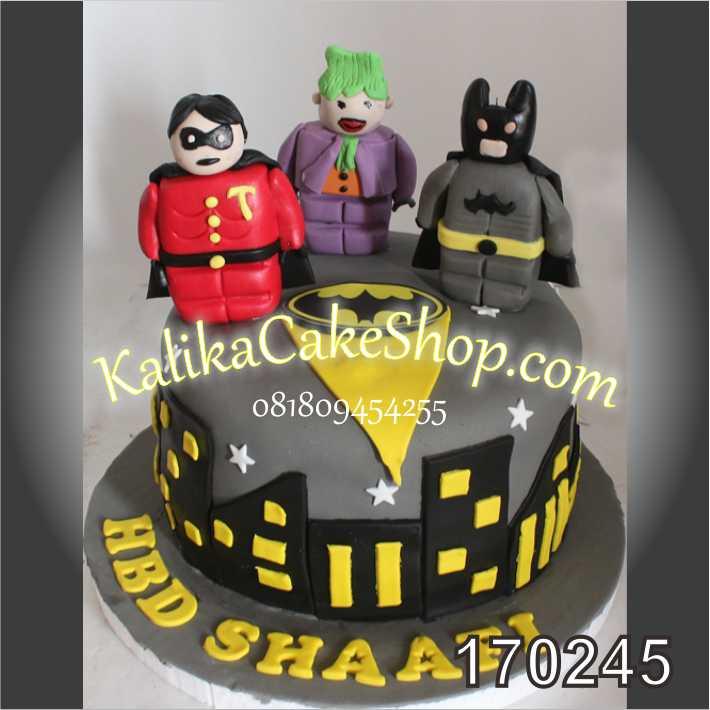 cake ulang tahun Batman